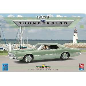 AMT 1/25 1971 Ford Thunderbird (Ltd Production) Kit Toys
