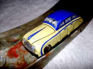 1930s MARX Toys  2 WIND UP TIN Cars & Figure 8 RACEWAY Marbled
