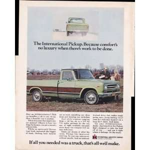 International Harvester Farm Trucks 1970 Original Vintage