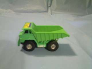 MAISTO 2003 MARVEL THE INCREDIBLE HULK DUMP TRUCK TOY