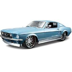 Maisto AS 1967 Ford Mustang GTA Fastback Toys & Games