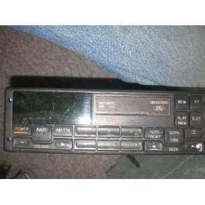 Ford Am Fm Radio Stereo Cassette